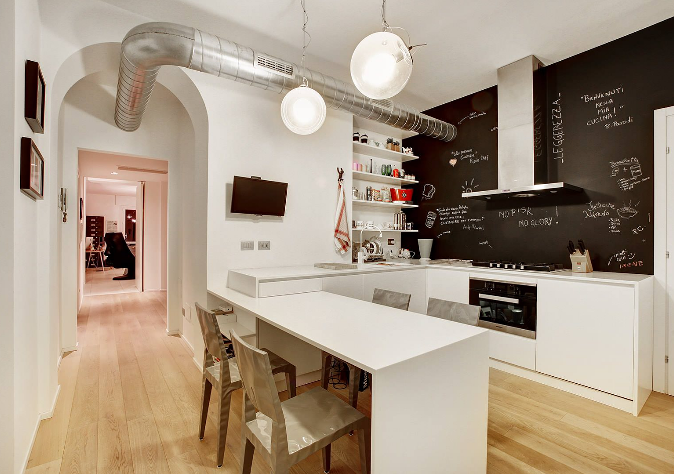 Parete con mattoni finti decorare casa stile rustico for Arredo interni idee