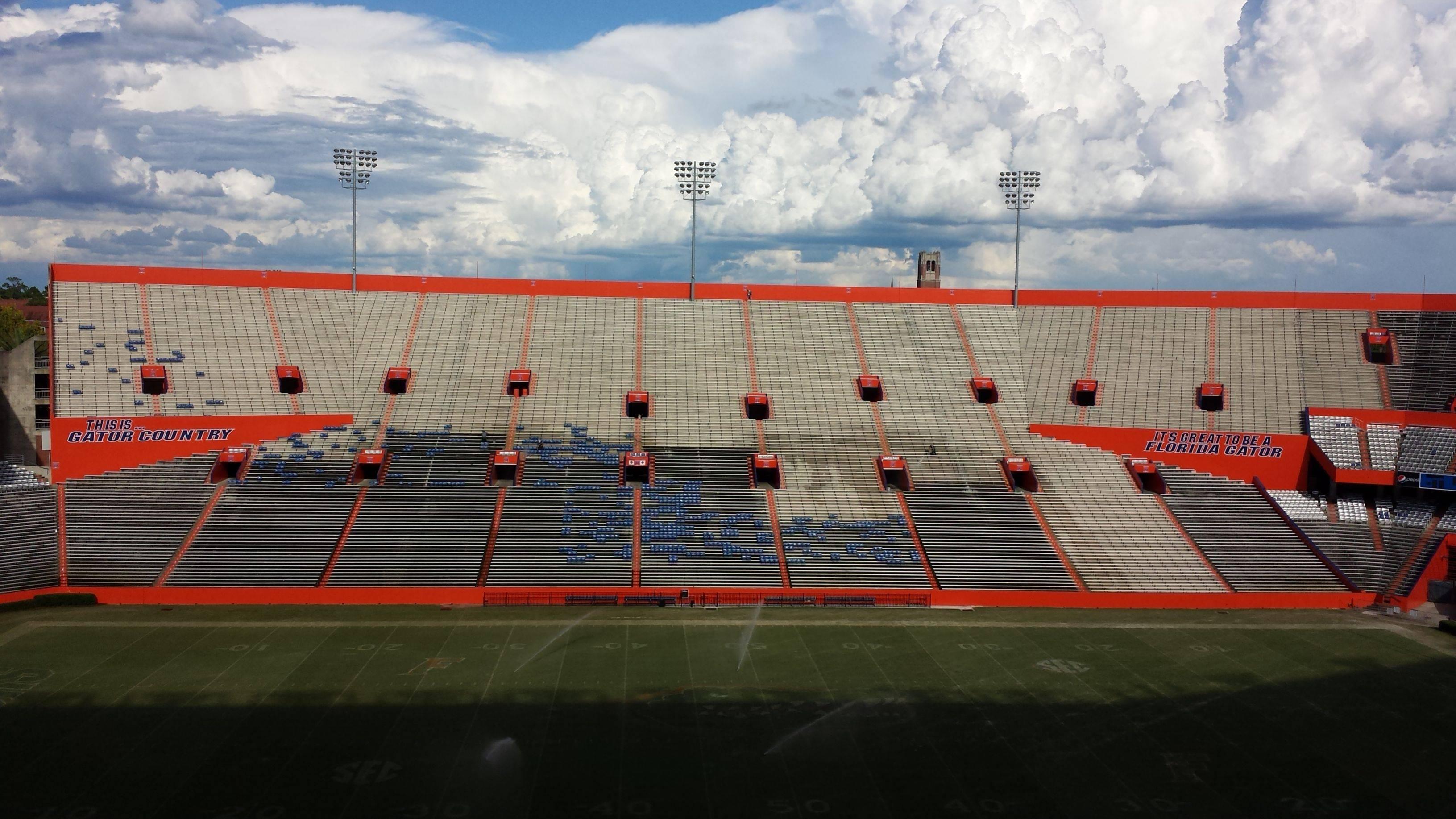 Stadio di calcio americano dell'Univesità della Florida (EEUU)