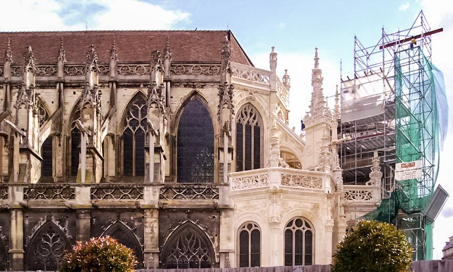 Chiesa di Saint-Pierre a Caen (Francia)