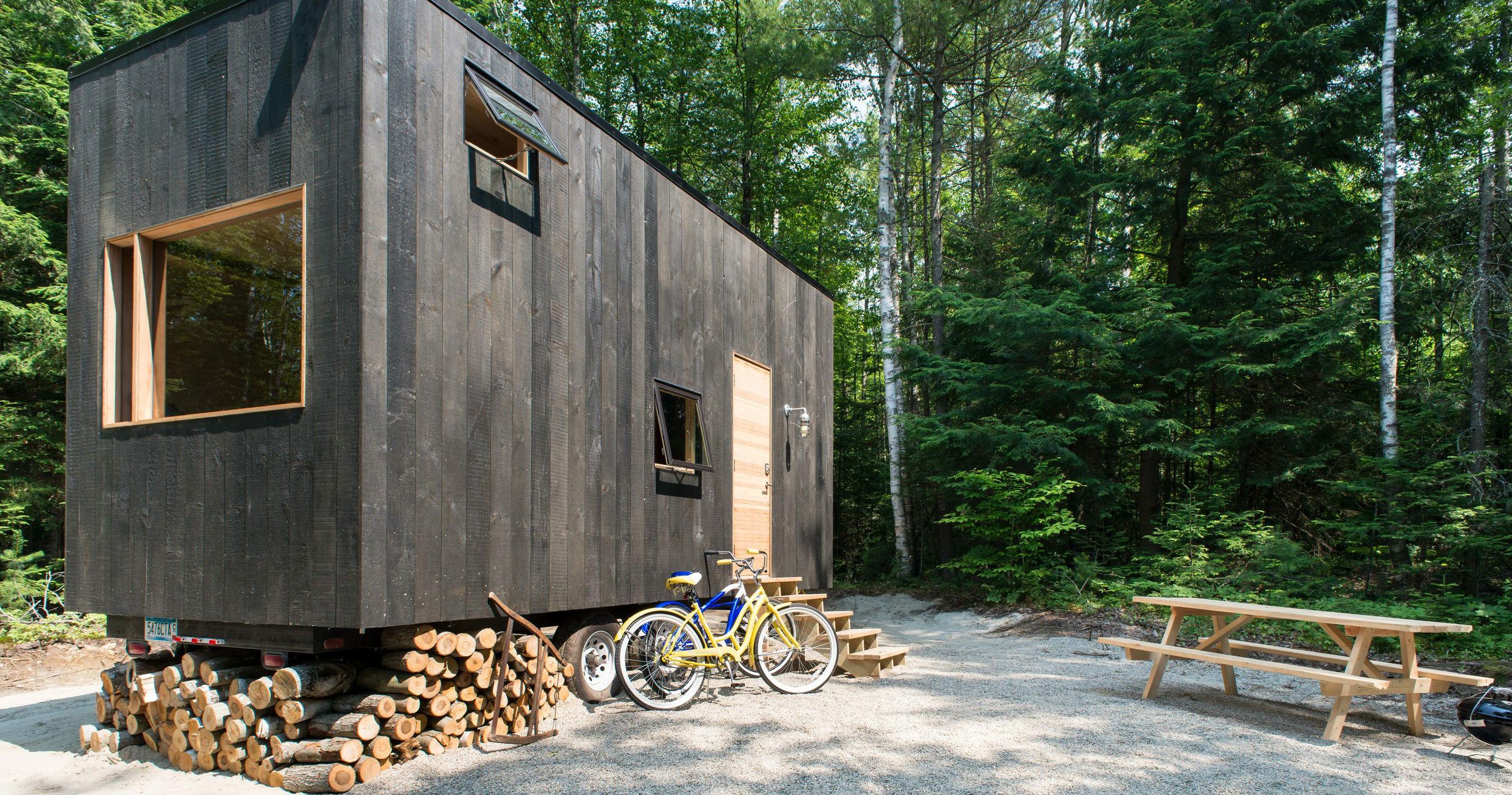 minicase nascoste nei boschi per spegnere il cellulare idealista news. Black Bedroom Furniture Sets. Home Design Ideas