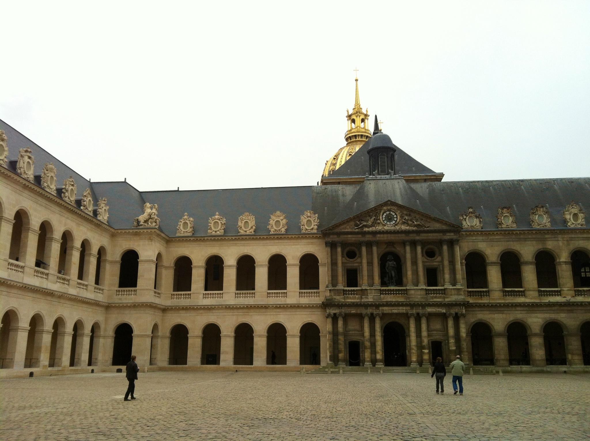 Tomba di Napoleone nel complesso Les Invalides di Parigi (Francia)