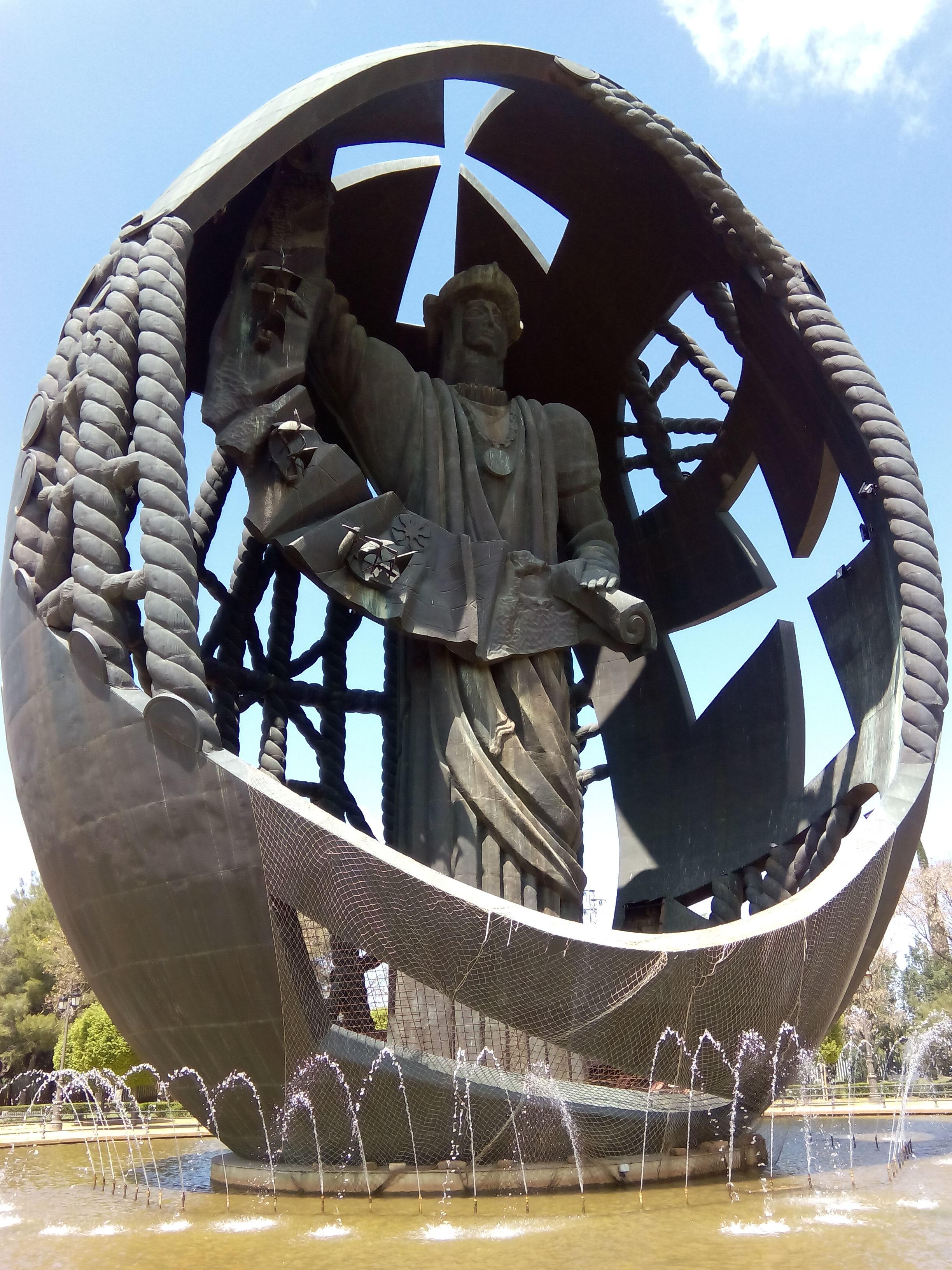 Nacita di un nuovo uomo o 'L'uovo di Colombo' (35 metri), Siviglia