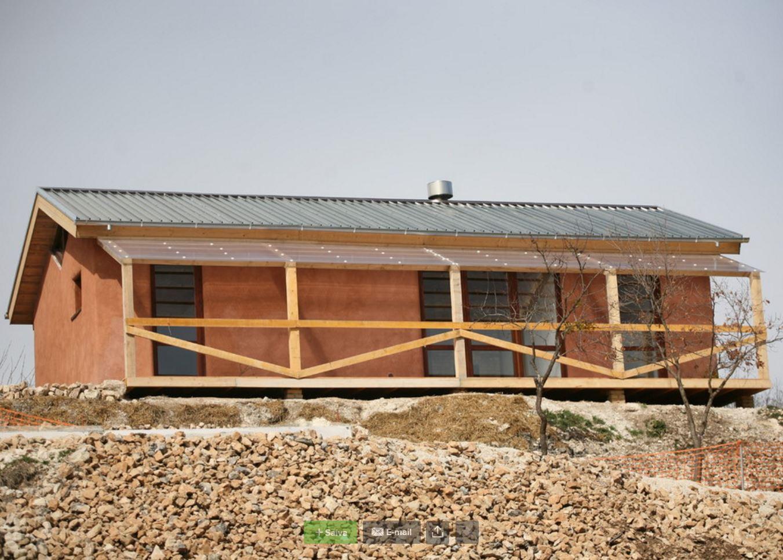 Case in acciaio e legno case in acciaio e legno with case - Costruire casa paglia ...