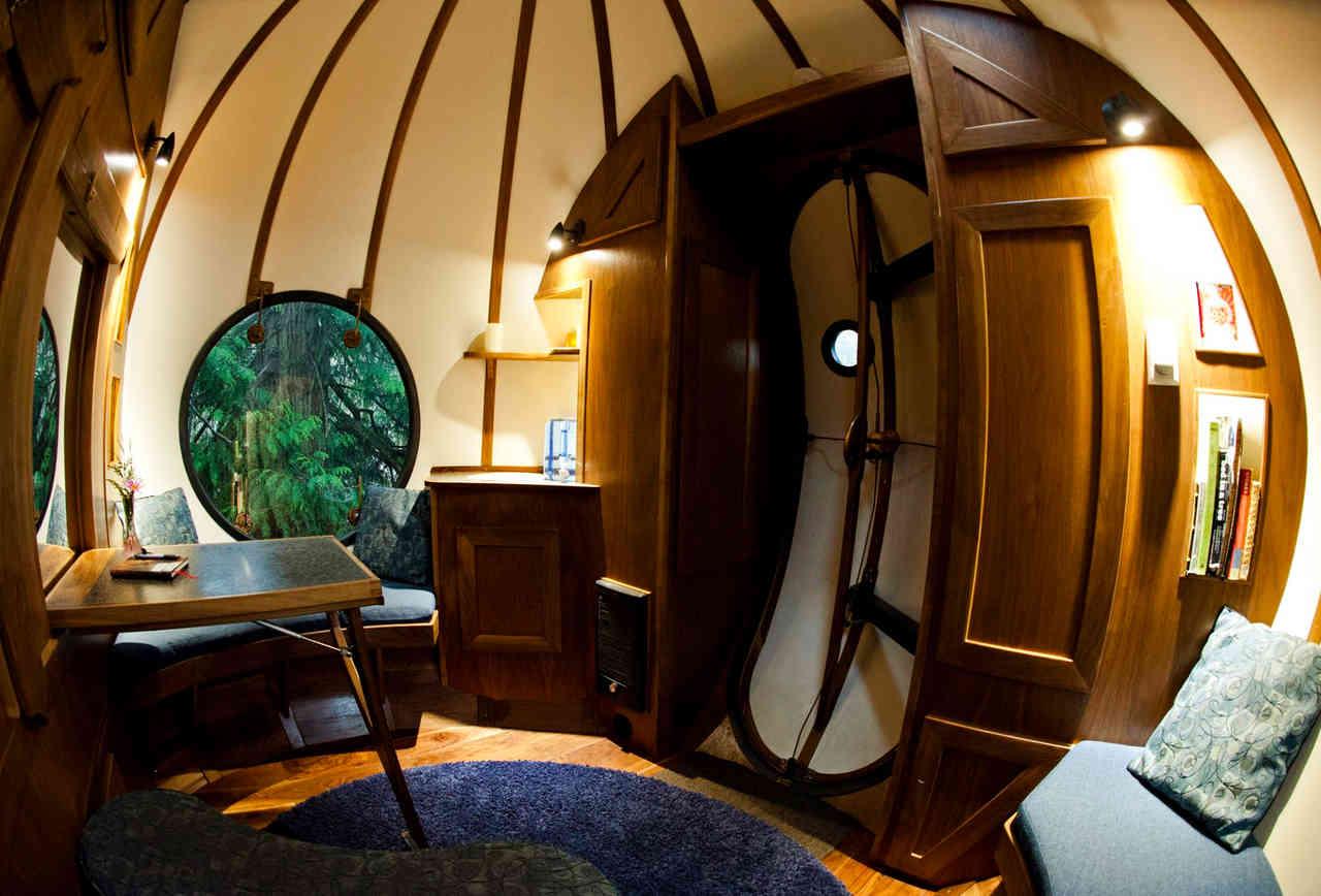 Il Free Spirit Spheres è un hotel molto curioso