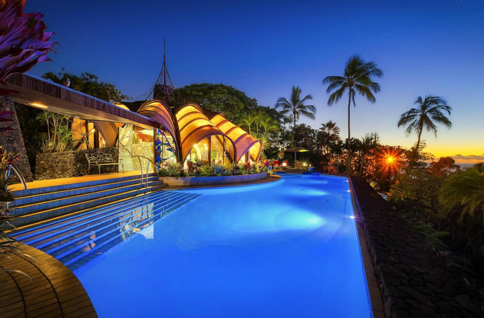 La piscina / Onion House