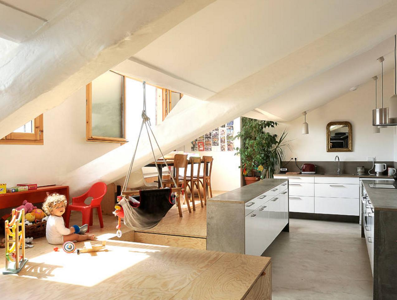 Idee per arredare una zona living a poco prezzo foto for Arredamento casa per disabili