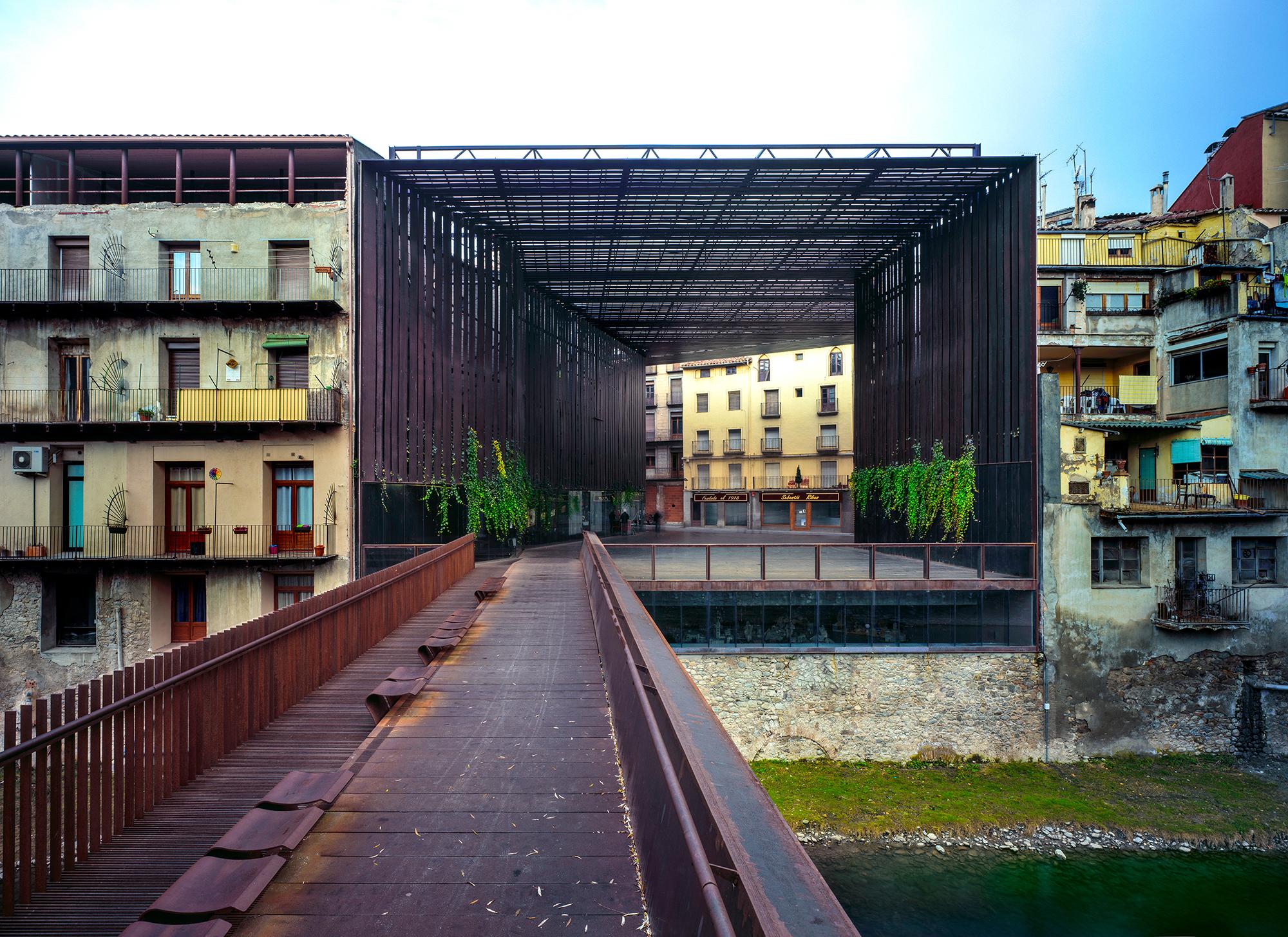 Spazio pubblico Teatro La Lira (Ripoll, Girona)