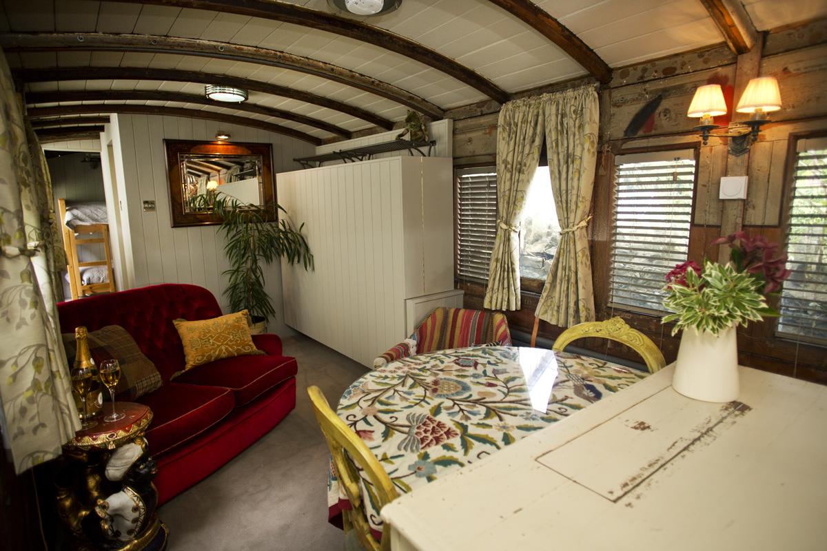 un antico vagone trasformato in un alloggio a cinque stelle