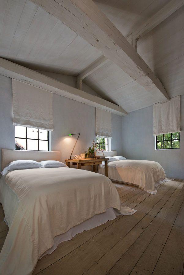 Un particolare di una delle camere da letto / Architectural Digest