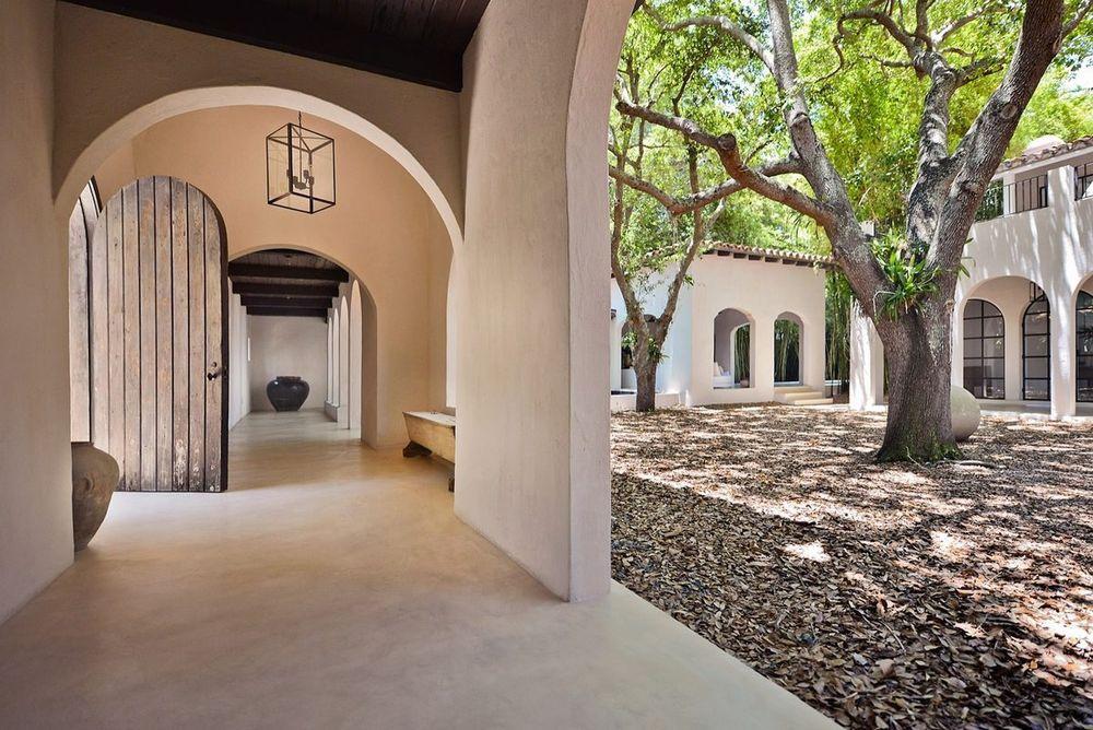 Lo stilista ha acquistato l'immobile nel 1999 / Architectural Digest