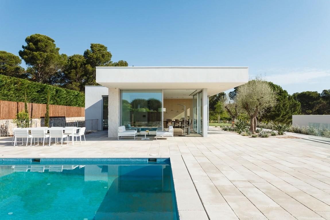 La casa è stata progettata da Costa Calsamiglia Arquitecte / Marcela Grassi