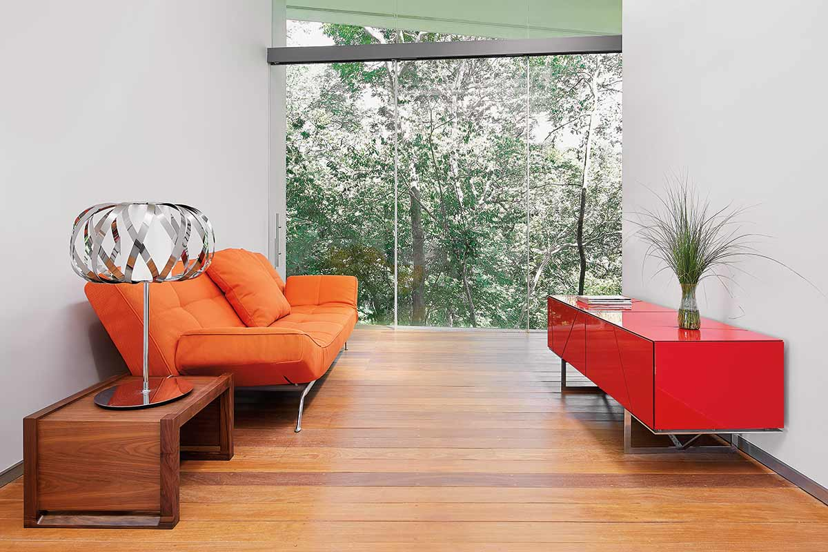 La villa è in stile moderno / Cañas Arquitectos