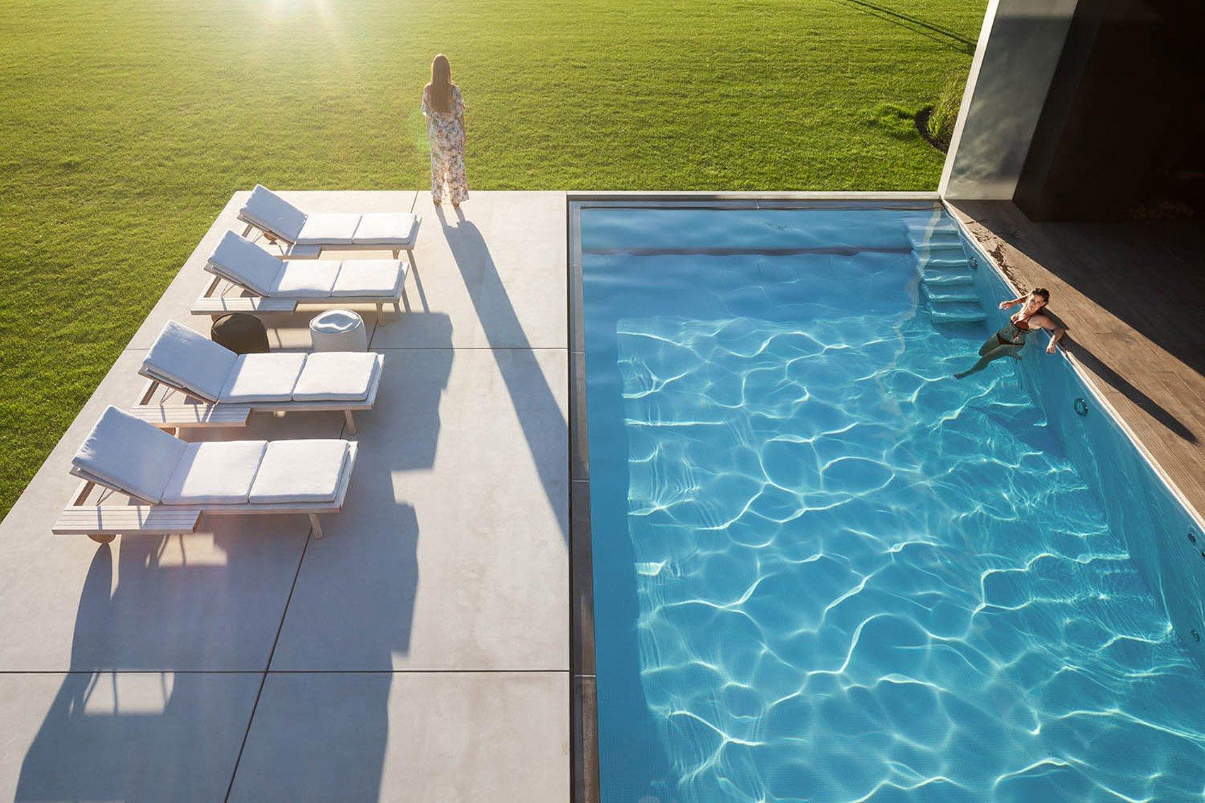 La piscina della casa / Govaert & Vanhoutte Architects