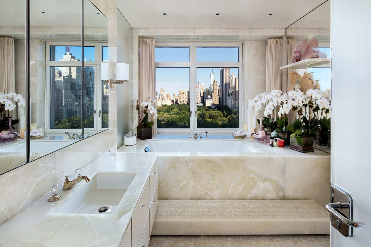 Un bagno / Evan Joseph Images