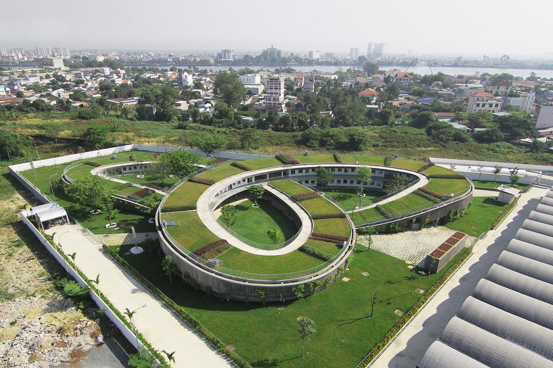 Giardino Infantile Farming / Vo Trong Nghia Architects