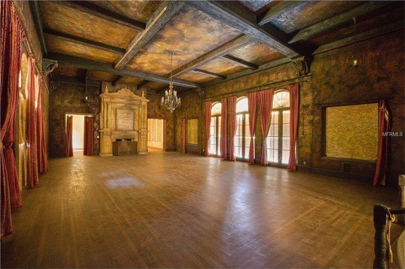 Un particolare interno del palazzo / Realtor
