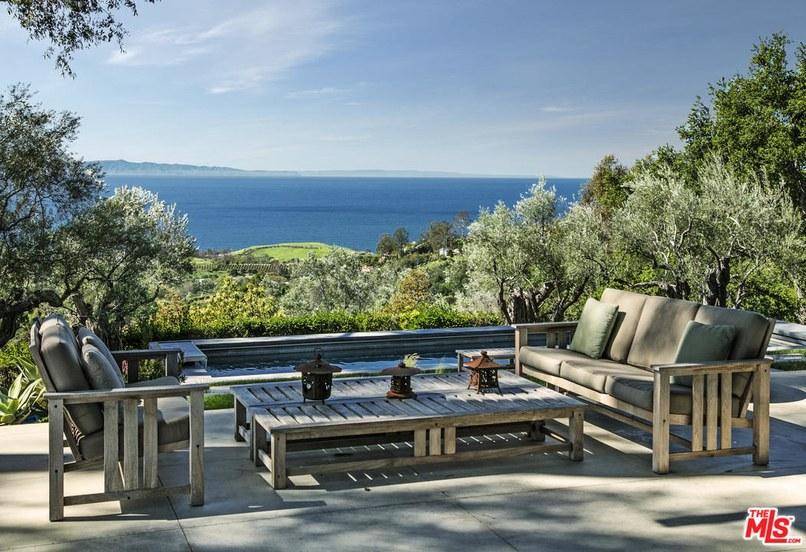 La casa si trova a Montecito, nella contea di Santa Barbara in California / MLS
