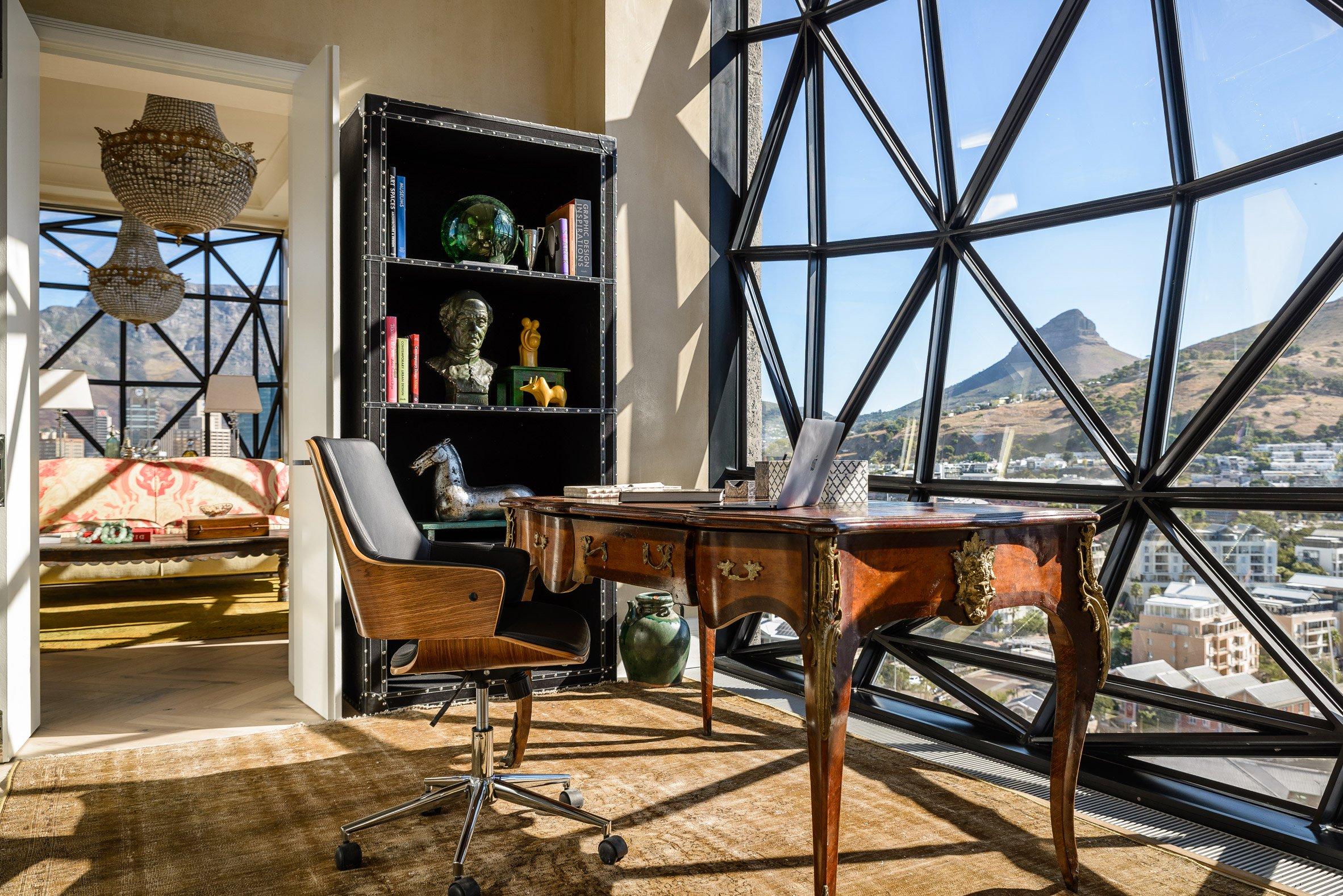 Un particolare di una camera / The Royal Portfolio hotel