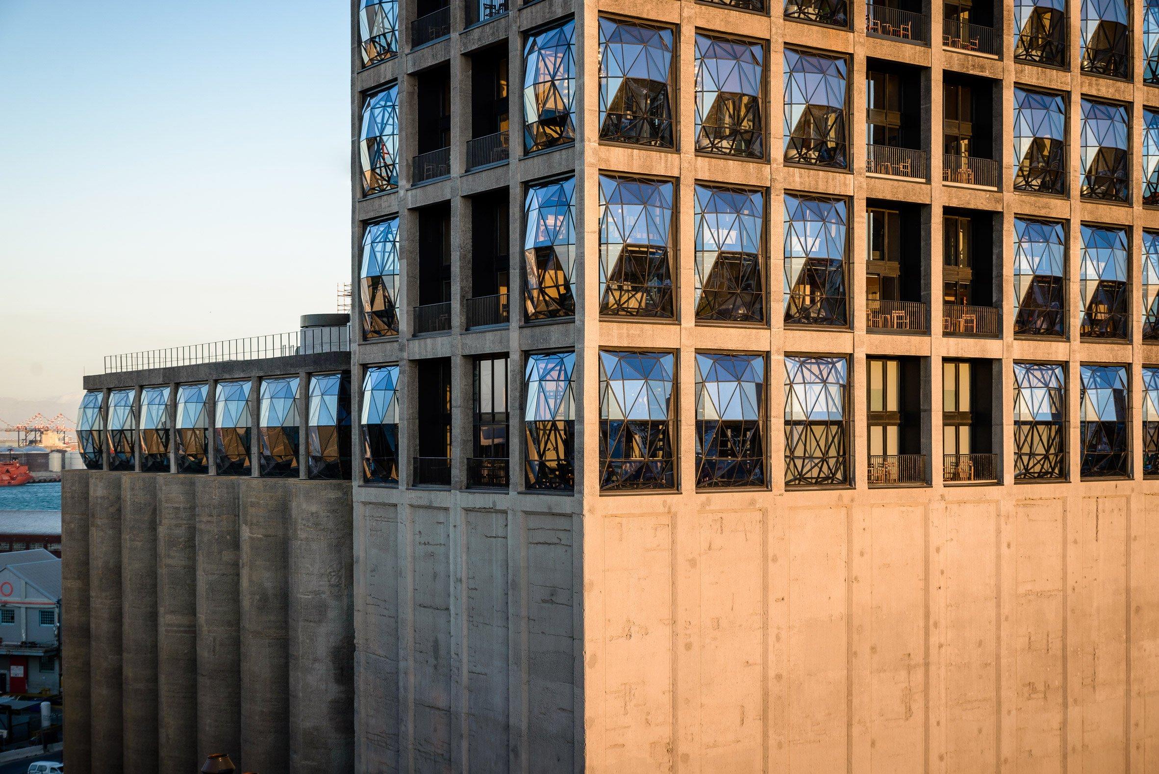 Il vecchio silos è diventato un hotel di lusso / The Royal Portfolio hotel