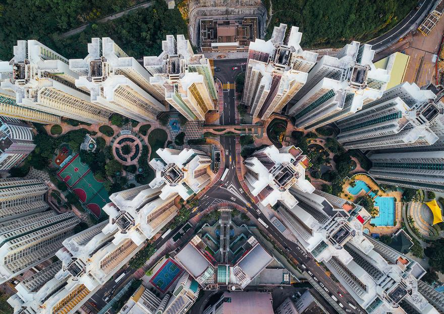 A Hong Kong ci sono oltre 7 milioni di abitanti / AndyYeung