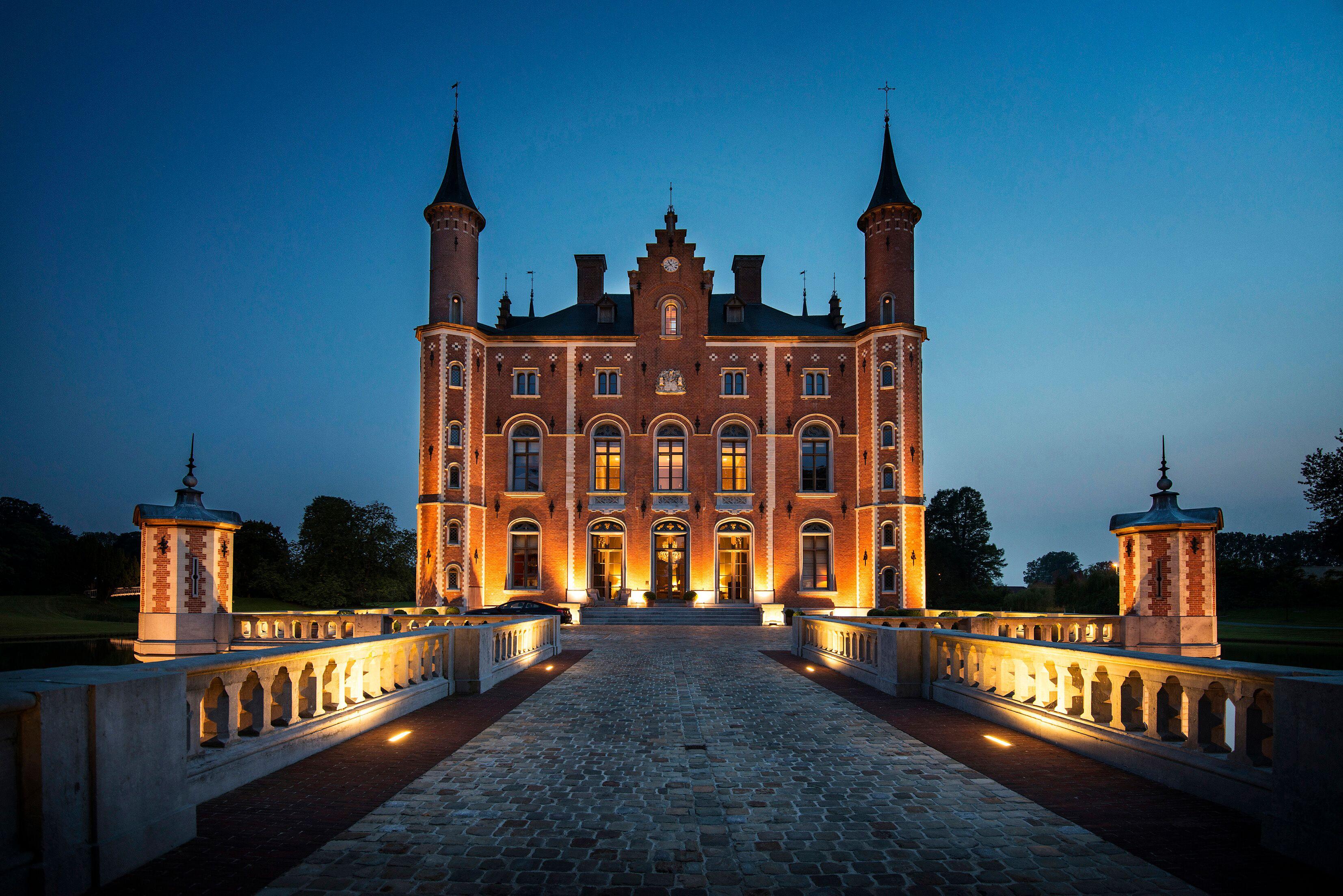 Il castello del XIX secolo Kasteel van Olsene