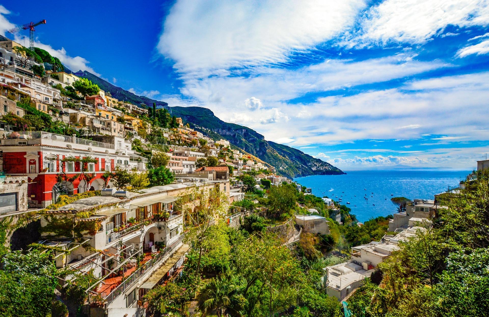 La costa italiana on the road