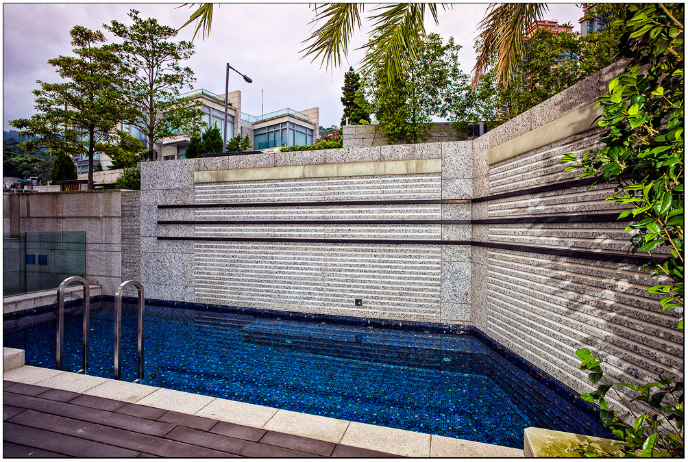 La piscina / Homedsgn