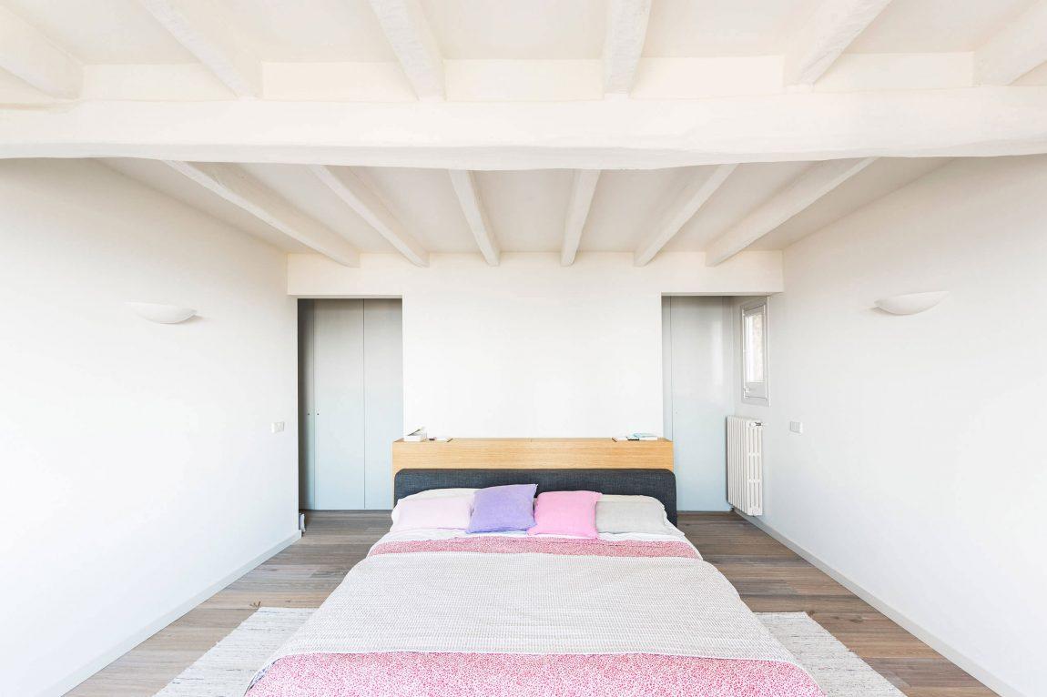 Una camera da letto / Homedsgn