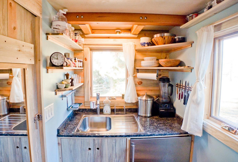 Arredare una cucina piccola come liberarsi del superfluo - Come arredare una sala piccola ...