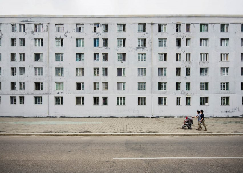 Pyongyang è un centro nevralgico / Raphael Olivier