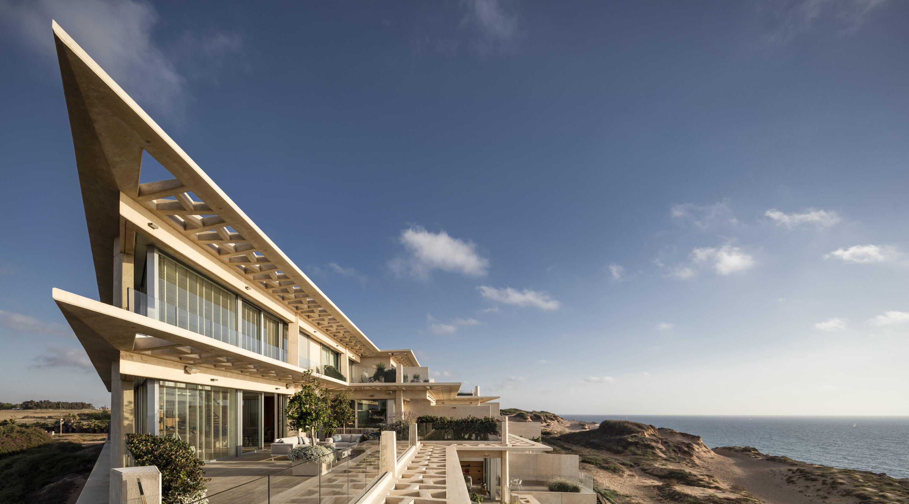 La struttura esterna / Gottesman-Szmelcman Architecture