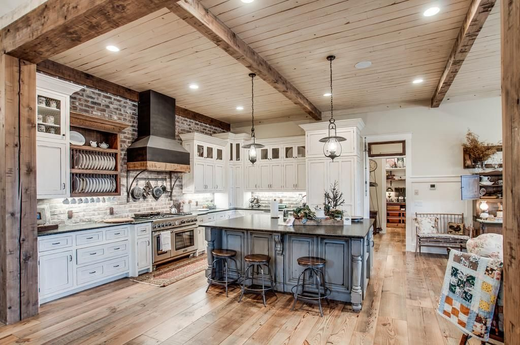 Il ranch ha tutte le caratteristiche di una tipica casa del sud degli Stati Uniti / Zillow