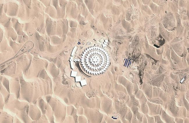 Il Xiangshawan Desert Lotus Hotel è diventato un resort di lusso per i cittadini cinesi / PLaT Architects