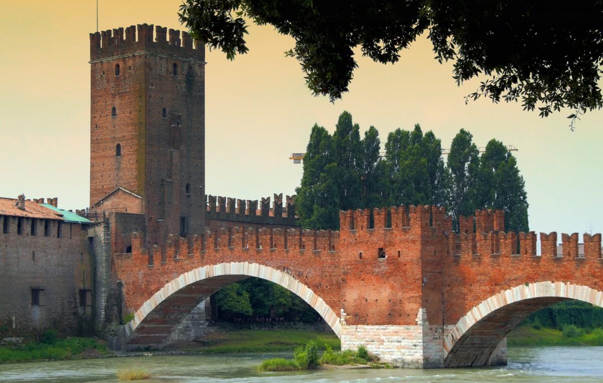 Suggestioni medievali a Verona