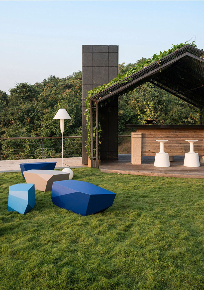 Una casa con una piscina sul tetto tra le pi incredibili for Stima sulla costruzione di una casa con 3 camere da letto
