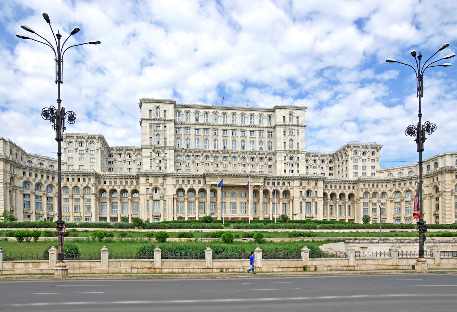3. Palace of the Parliament, Bucarest (2.544 milioni di euro)