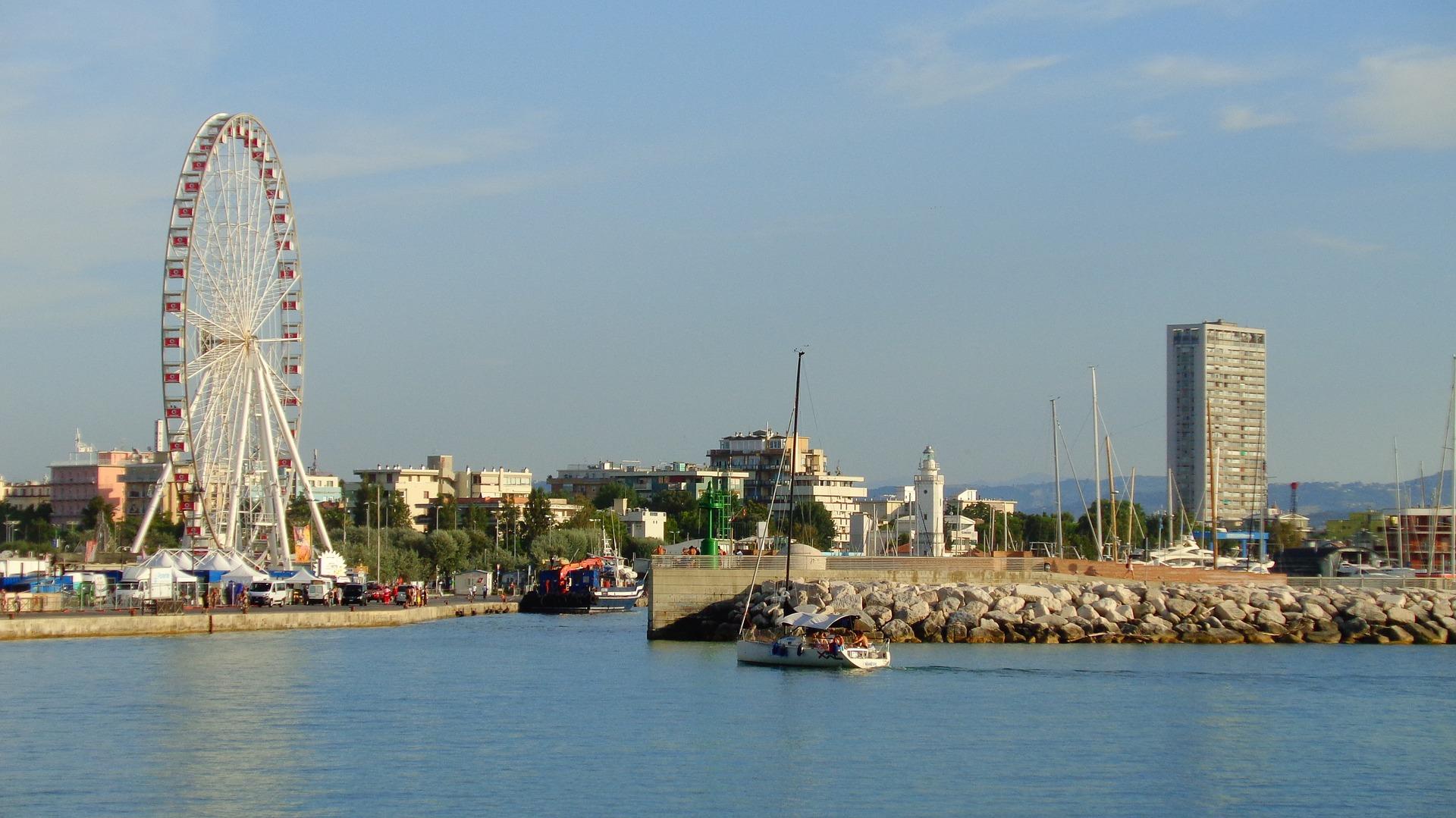 Rimini: divertimento fino all'alba