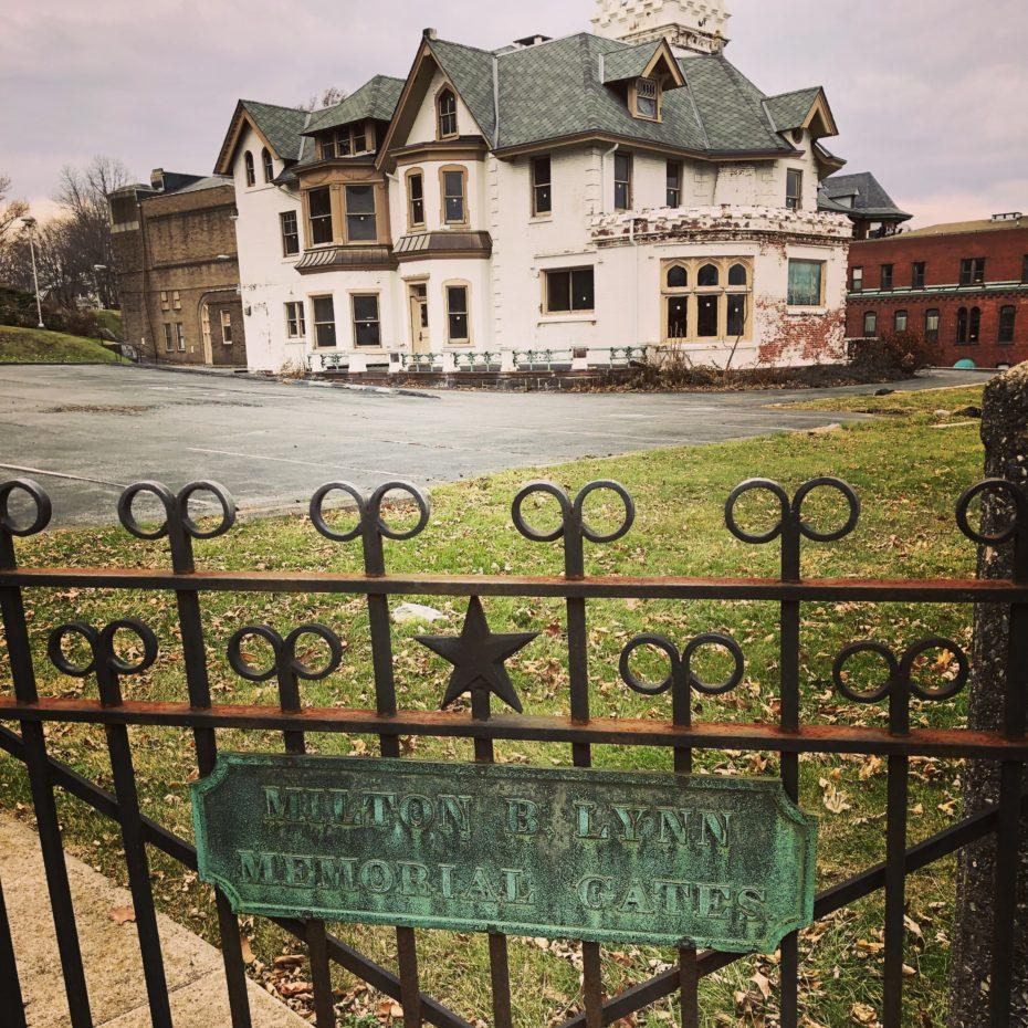 La villa si trova a Bethlehem, in Pennsylvania (Usa) / Messy Nessy