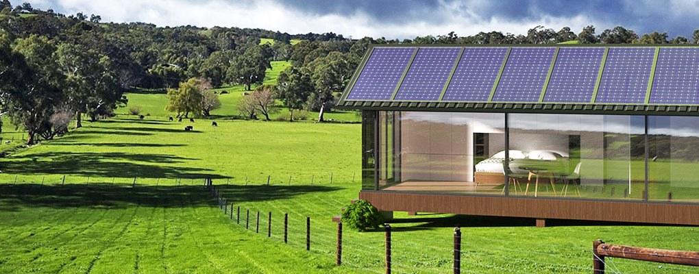 Il tetto dispone di pannelli solari / PassivDom