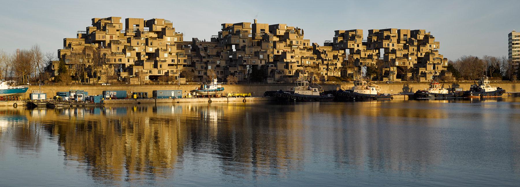 Il complesso residenziale si trova vicino al Fiume San Lorenzo / Designboom