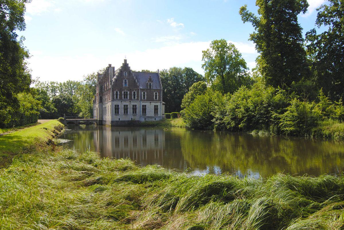 Il castello è in vendita per 4 milioni di euro / Engel & Völkers