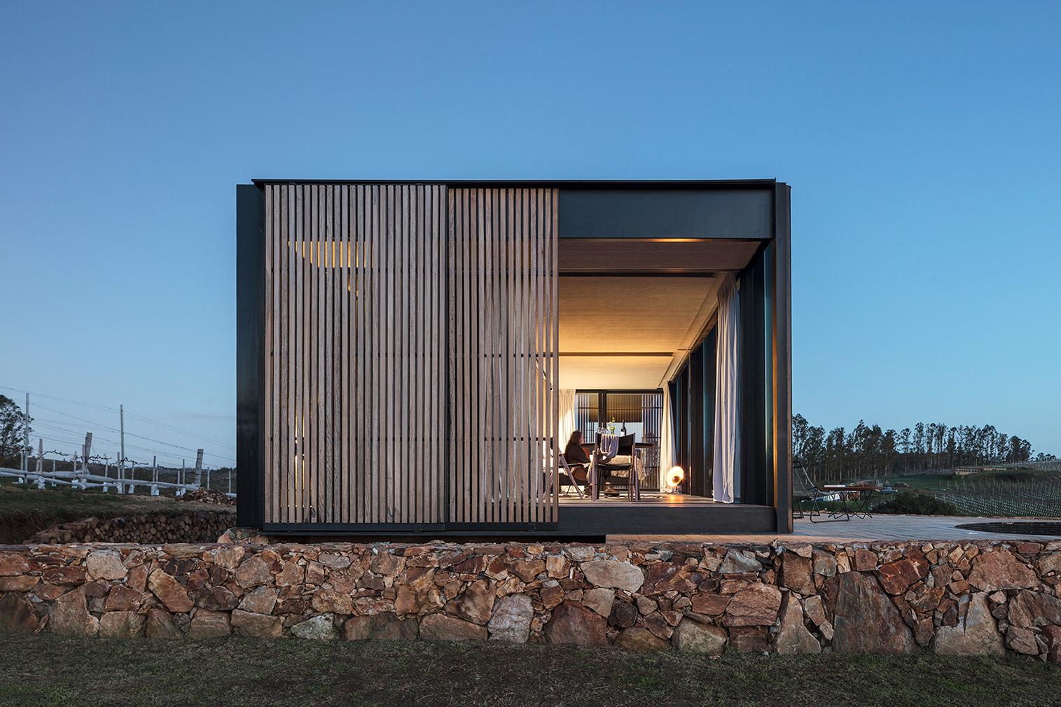 Prefabbricazione può essere sinonimo di design / MAPA Arquitectos