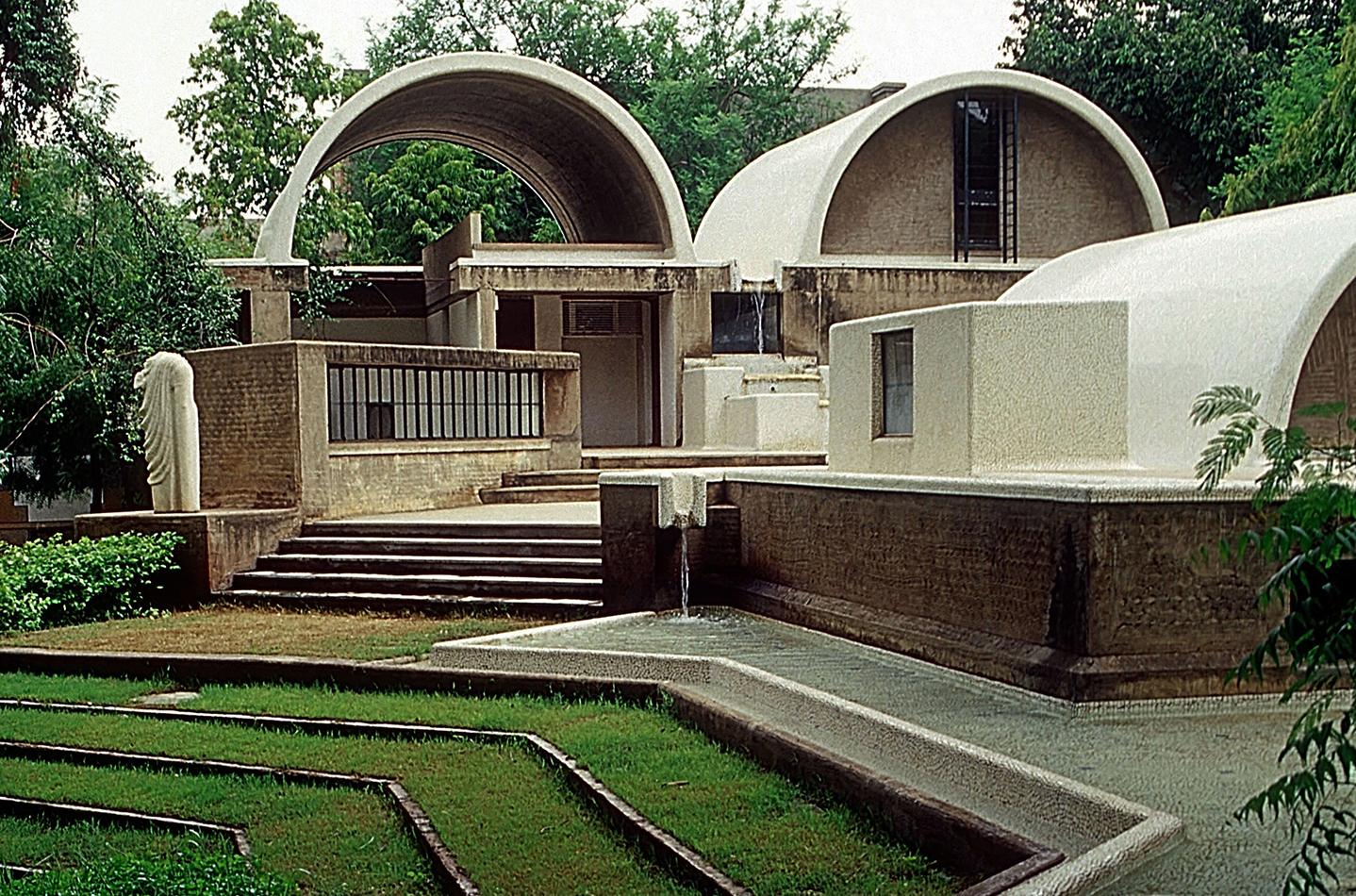 Sangath, lo studio di architettura di Doshi