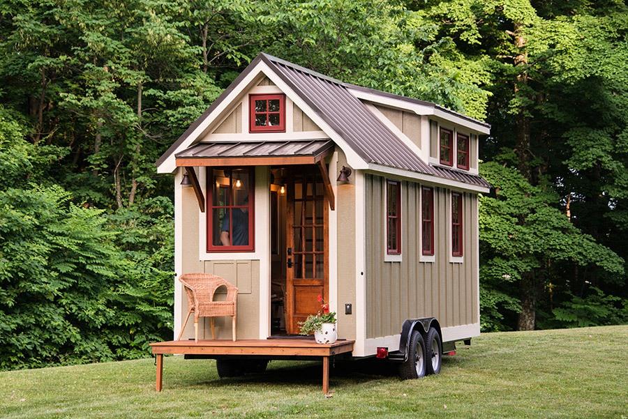 arrivano le tiny house per millennials trasportabili efficienti e a partire da euro. Black Bedroom Furniture Sets. Home Design Ideas