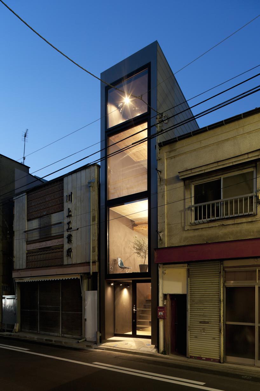 La facciata / Designboom