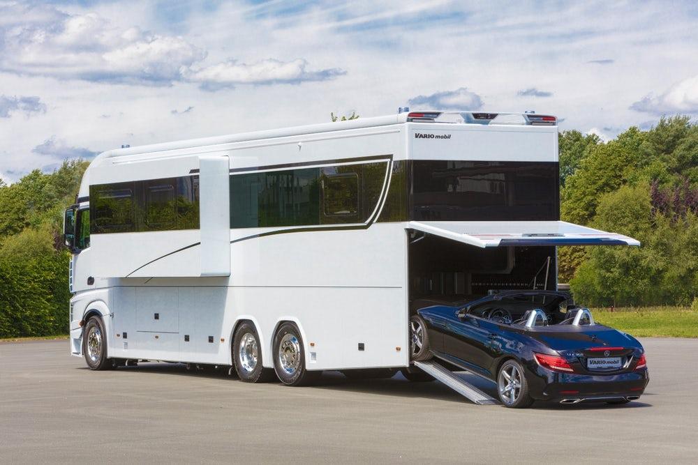 Alcuni modelli hanno perfino un garage / VARIOmobil