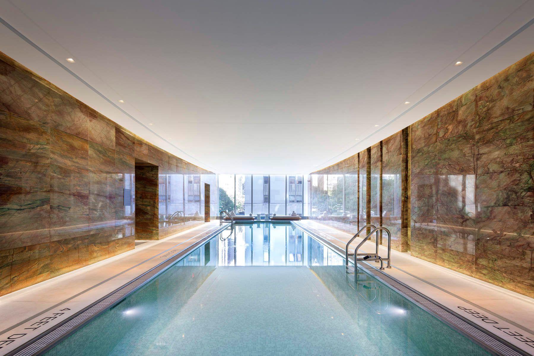 La piscina / Sothebys