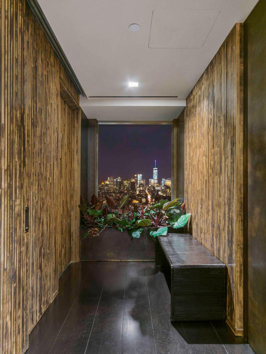 Lusso interno ed esterno / Sothebys