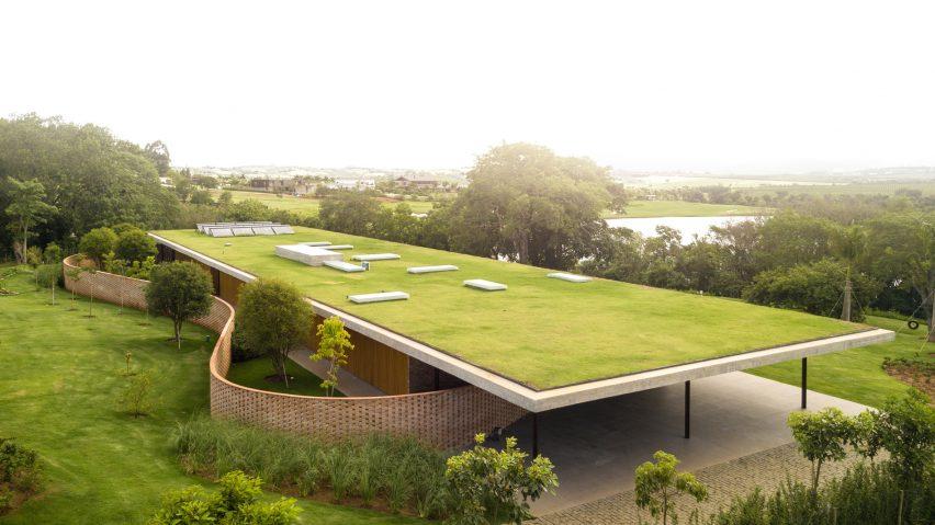 Planar House a Sao Paulo (Brasile) / Fernando Guerra