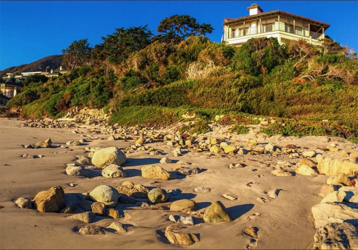 Vista dalla spiaggia / TMZ